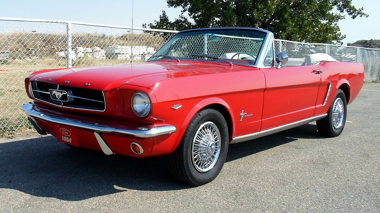 The Definitive List Of The Most Beautiful Cars Made In The 60s Did We Get It Right Howstuffworks