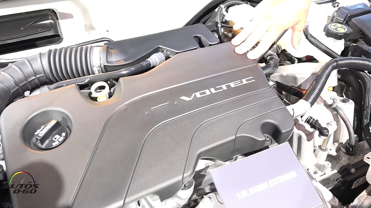 Howstuffworks: Is it a Ford Engine or a Chevy Engine?